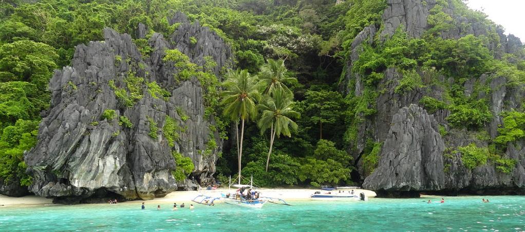 Entulala Island in Palawan