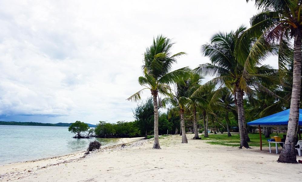 Pass Island in Coron