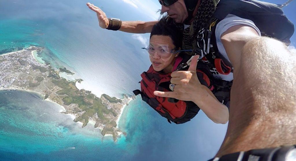 Skydiving in Cebu