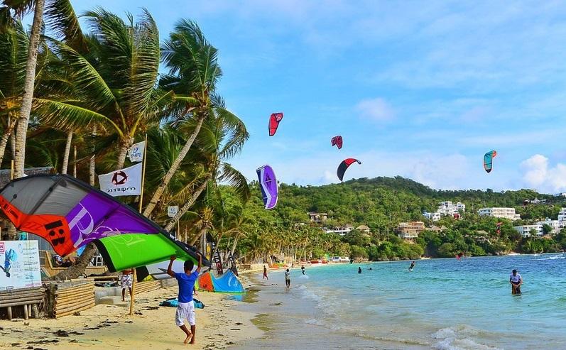 bulabog beach in Boracay