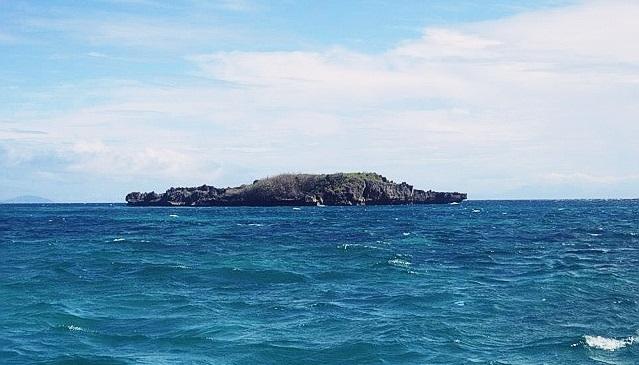 crocodile island in Boracay