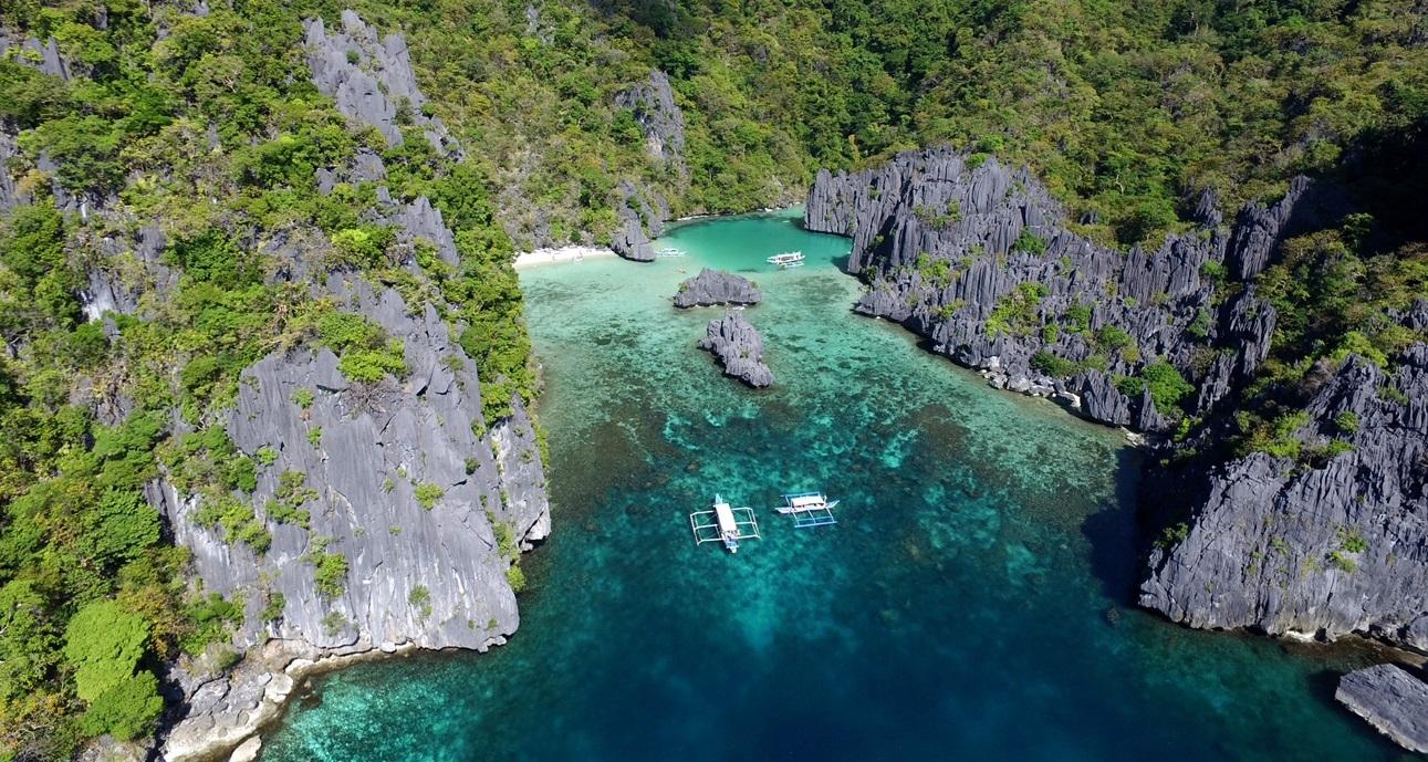 Cadlao Lagoon in El Nido, Tour D Palawan