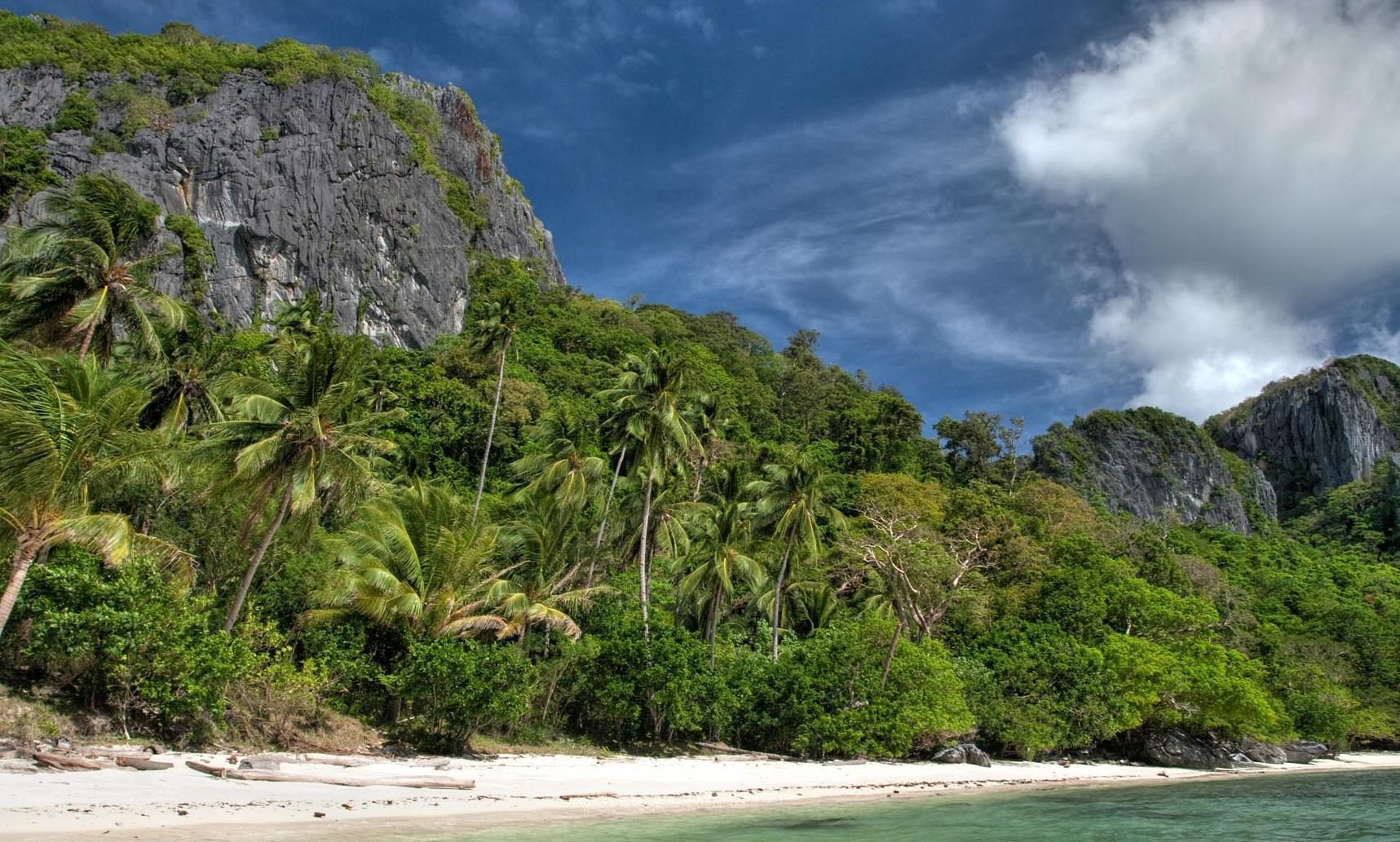 NatNat Beach in El Nido, Tour D Palawan